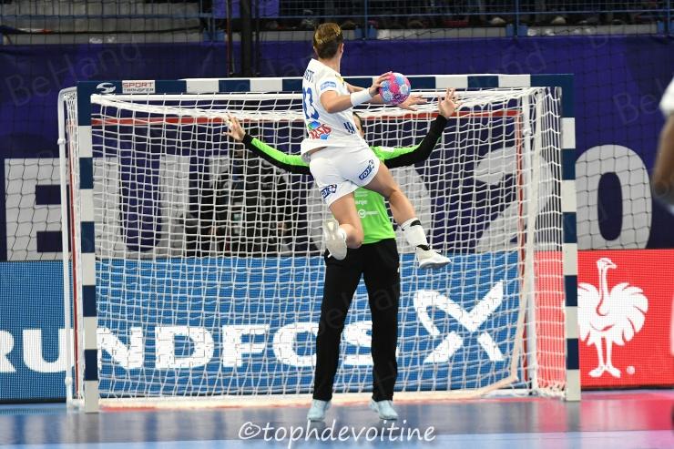 2018-12-02 EHF Euro2018 Slovenia VS France 21-30 (1)