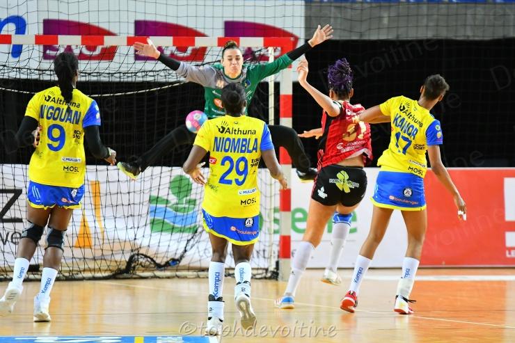 2019-04-17 CDF Metz Handball (Officiel) VS OGC Nice Côte d'Azur Handball 24-19 (5)