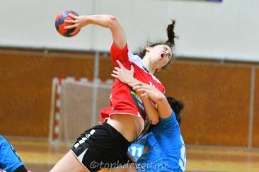 2020-01-04 18F Tournoi U18 Europe Cup Handball BMHB VS HVC 16-24 (4)