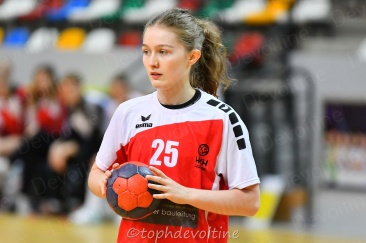 2020-01-04 18F Tournoi U18 Europe Cup Handball HVC VS Pagny 20-18 (4)