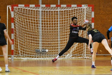 2020-01-04 18F Tournoi U18 Europe Cup Handball SV64 VS BMHB 15-20 (5)