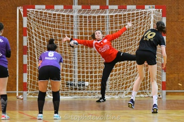 2020-01-04 18F Tournoi U18 Europe Cup Handball SV64 VS Pagny 19-17 (5)
